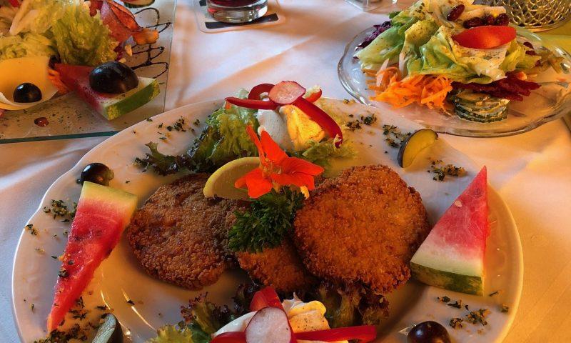 Abschluss im Staatsbahnhof Trossingen zum Essen