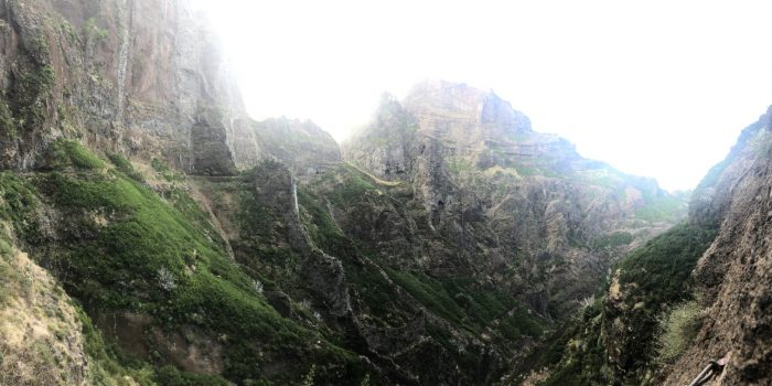Panorama bei der Wanderung Pico Arieiro zum Pico Ruivo