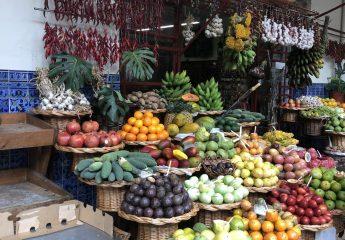 Obst und Gemüse Verkauf auf dem Markt-edi-teppert-com-PicoArieiroPicoRuivo_084