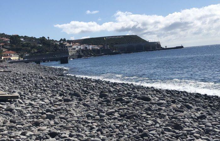 Der Strand in Santa Cruz, letzte Gelegnheit ein erfrischendes Bad zu nehmen