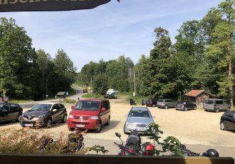 Parkplatz auf dem Knopfmacherfels